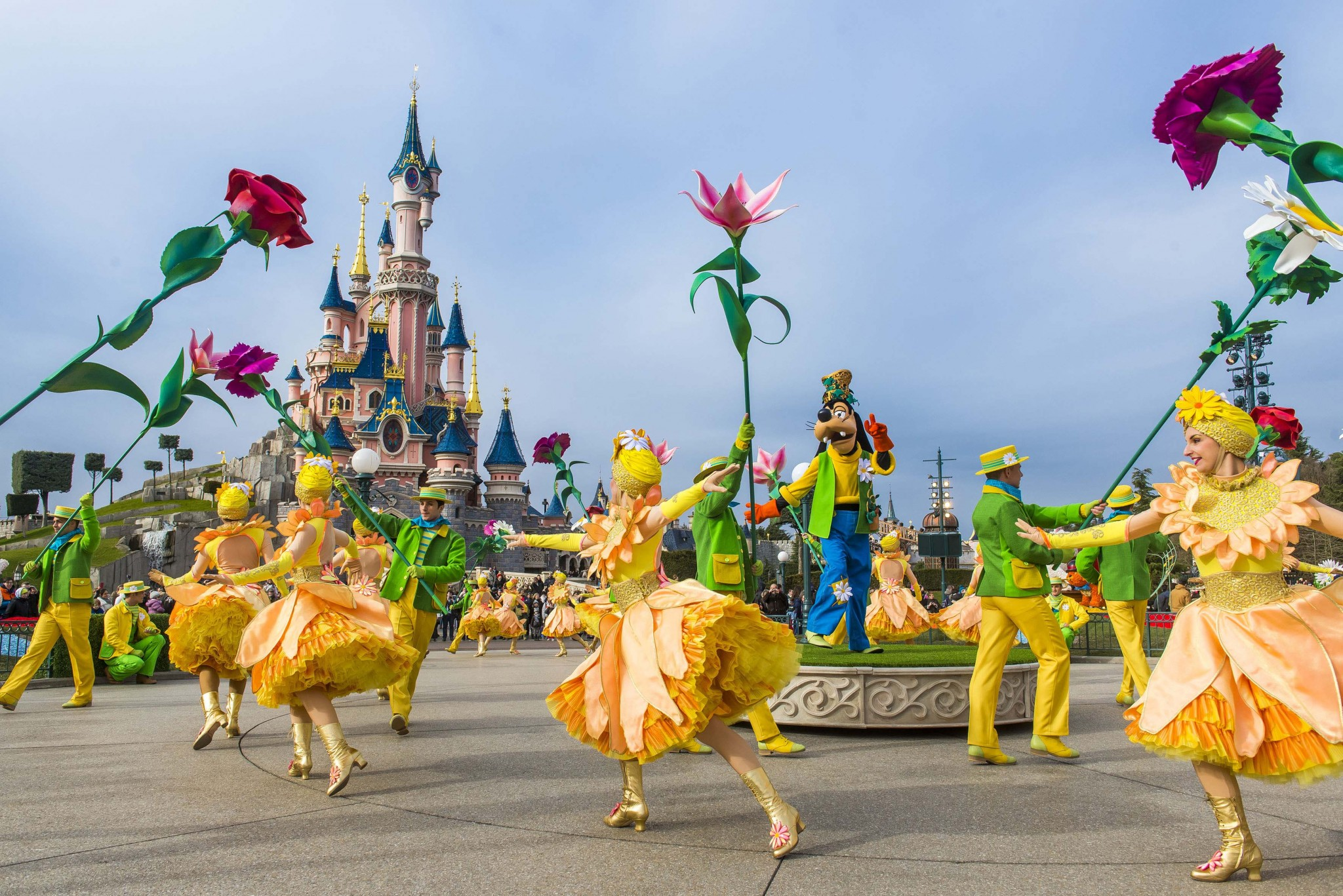 swingend-de-lente-in-met-disneyland-parijs