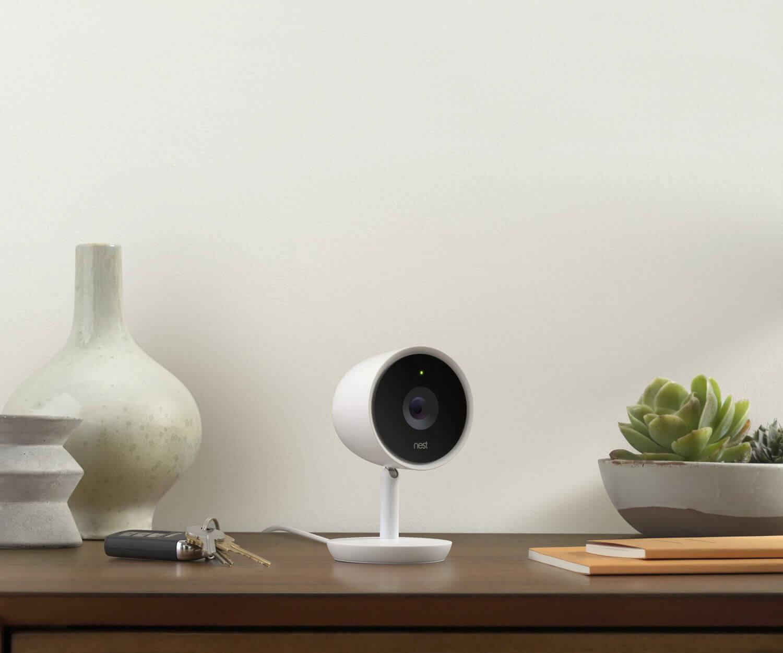 selfies-om-van-te-huilen-nest-cam-iq-indoor