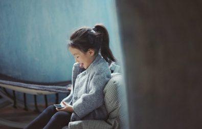 op-welke-leeftijd-een-mobiel