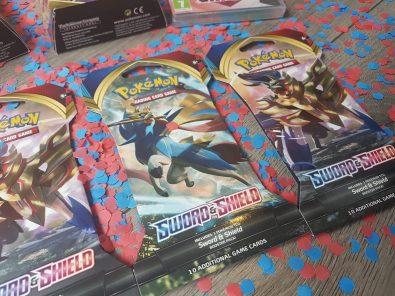 pokemon-tcg-sword-en-shield-review
